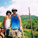 Norra Laos -03. Cykeltur med Kerstin. Alltid när jag är i Thailand undrar jag över hur det kan ha varit innan allt brakade loss. Det kändes som Laos var svaret på det. Här cyklar vi omkring i bergen i dom norra delarna. Inga bilar. Cyklar kärror och byar med höns som for åt alla håll när vi kom plingnade.